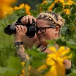 Photographers: Christina in sunflowers